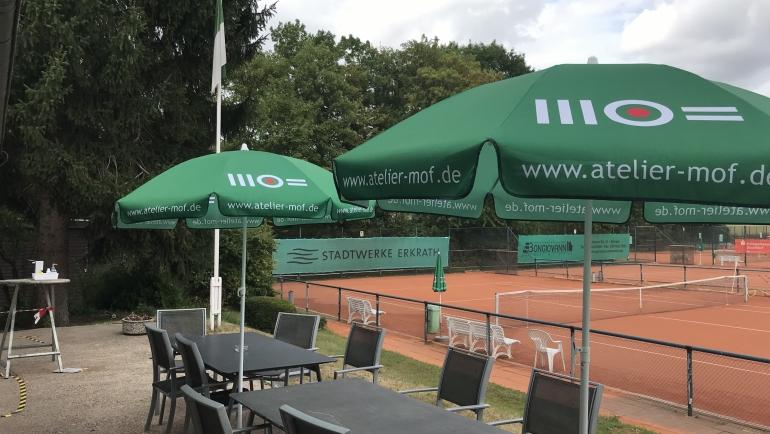 MOF sponsert neue Sonnenschirme